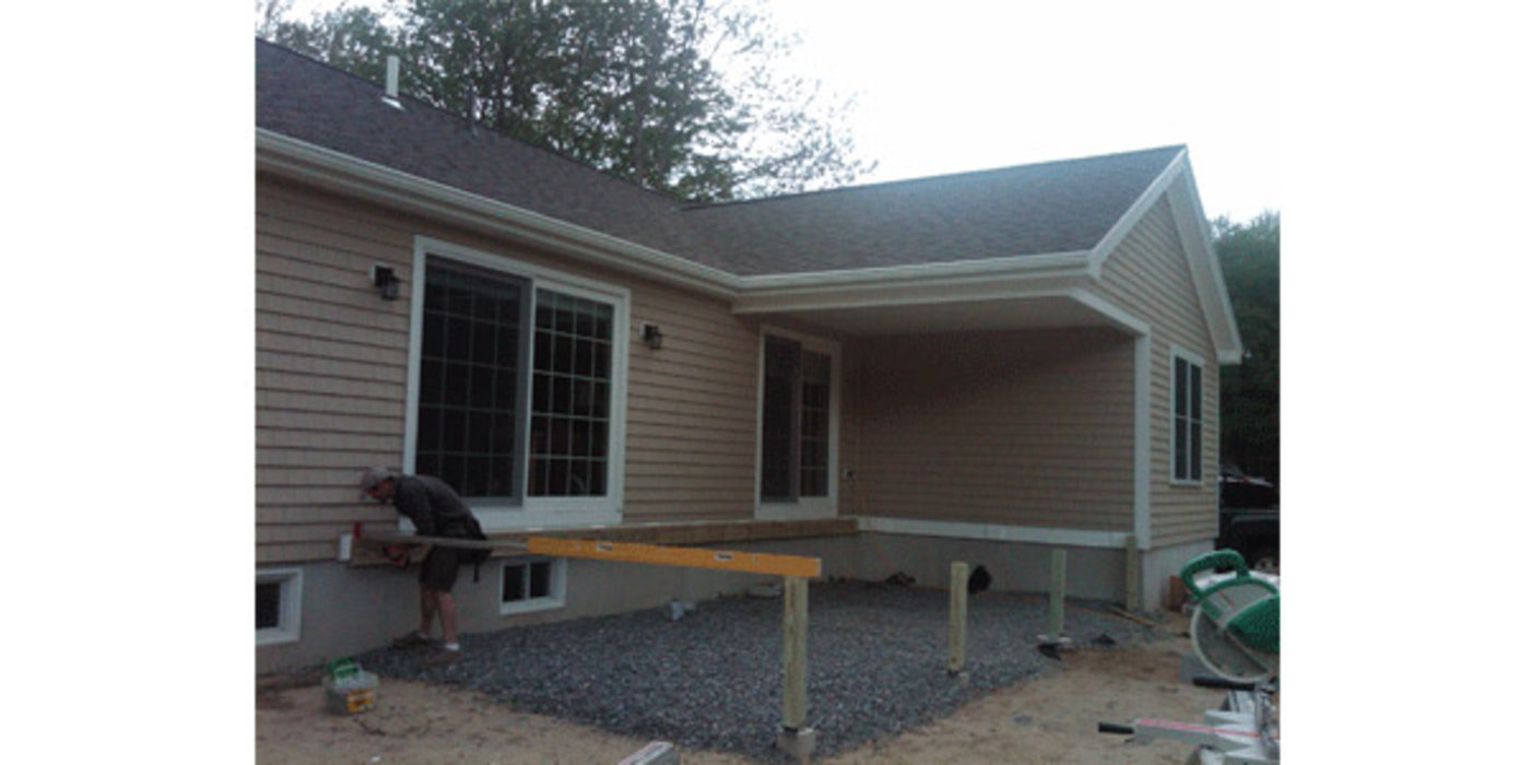 Deck With Enclosure I R L Coombs Inc Maine Builders
